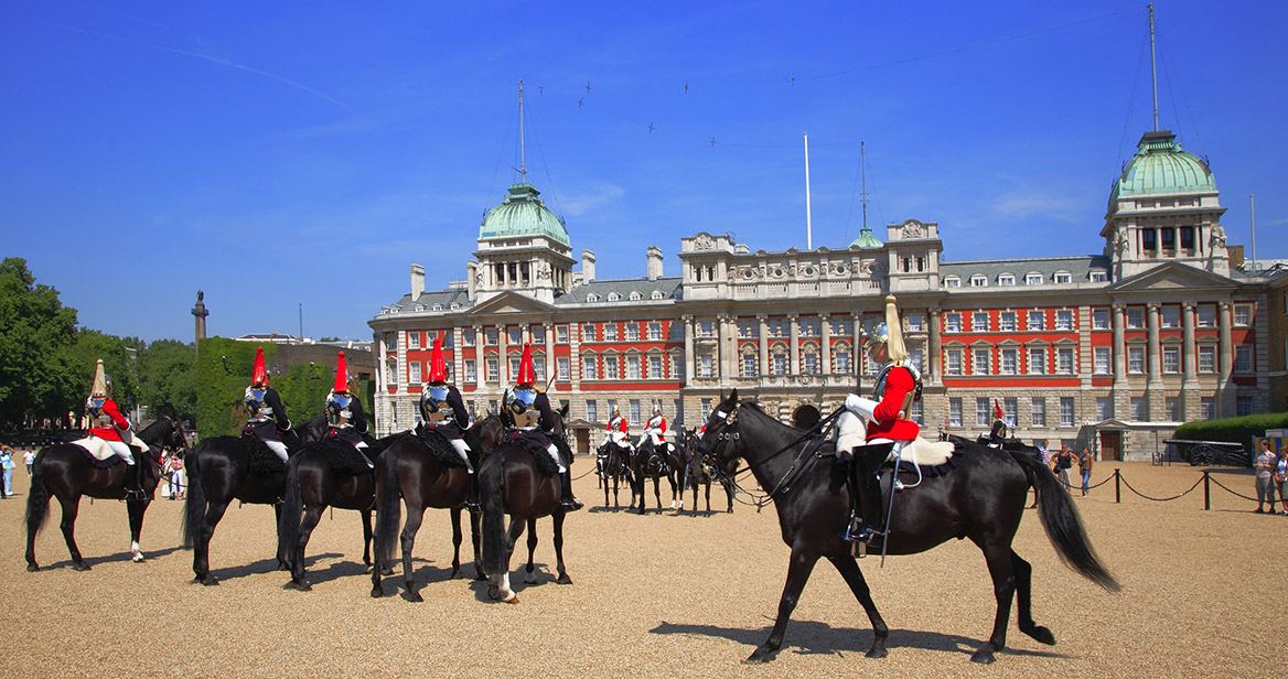 VL84907346--The-British-Army's-Household-Cavalry-Mounted-Regiment