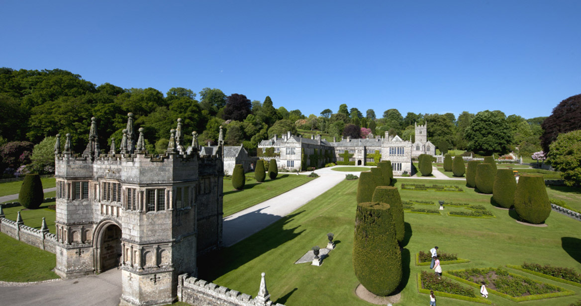 768069---gatehouse-at-Lanhydrock,-Cornwall